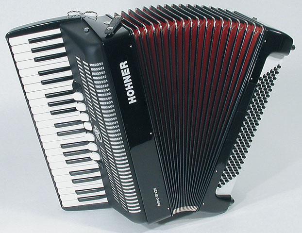 Hohner Bravo III 120 аккордеон