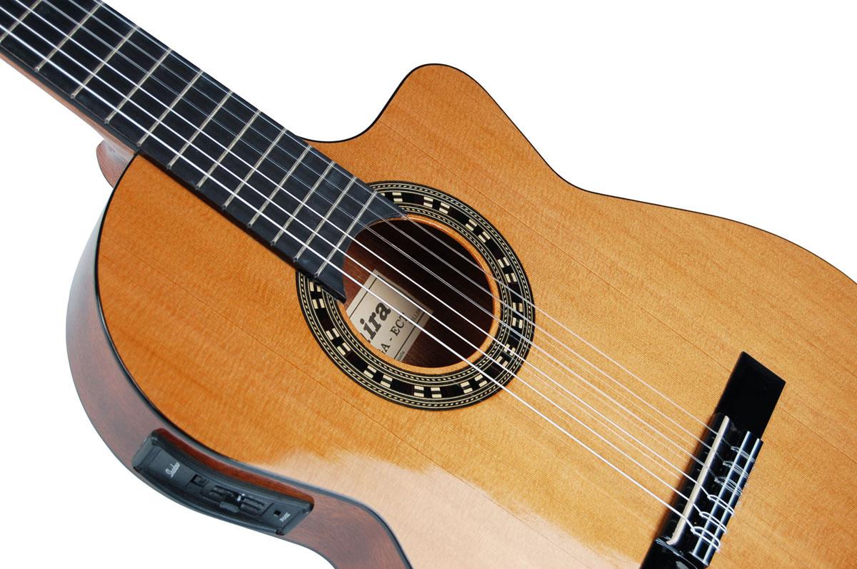ADMIRA MALAGA ECT Классическая гитара со звукоснимателем