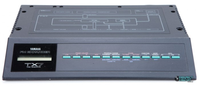 Yamaha TX7 тон-генератор