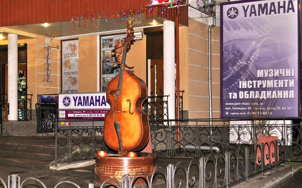 3D тур виртуальный тур по магазину Yamaha ивано-Франковск ул. Галицкая 99